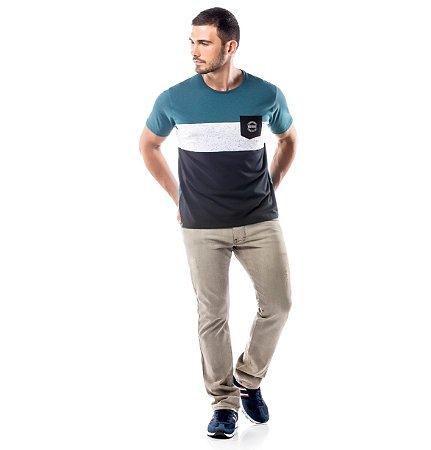 Camiseta Recortes e Bolso No Stress