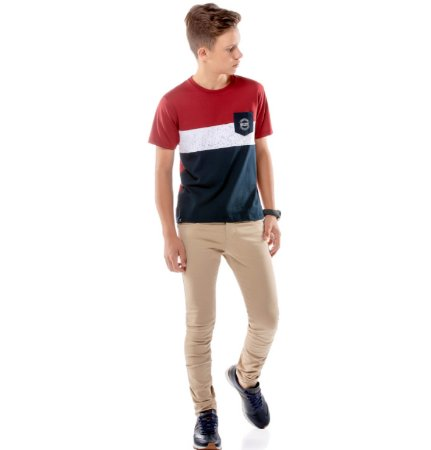 Camiseta Recortes e Bolso Menino No Stress