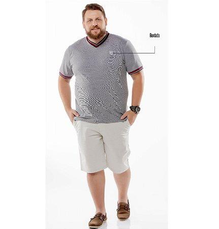 """Camiseta Retilínea Decote """"V"""" Plus TZE"""