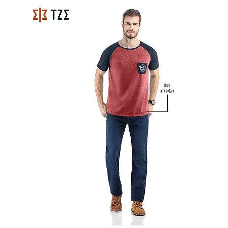 Camiseta Raglan com Bolso TZE