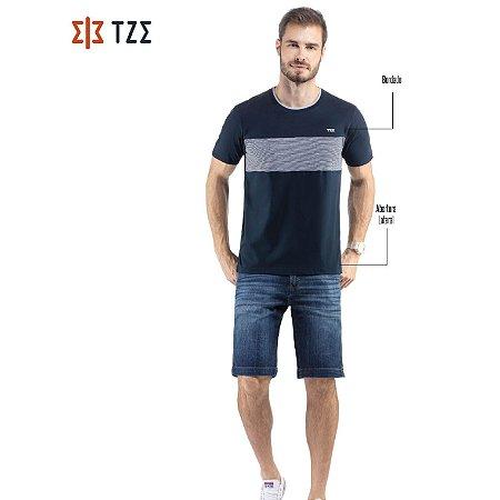 Camiseta com Retilínea e Recorte TZE