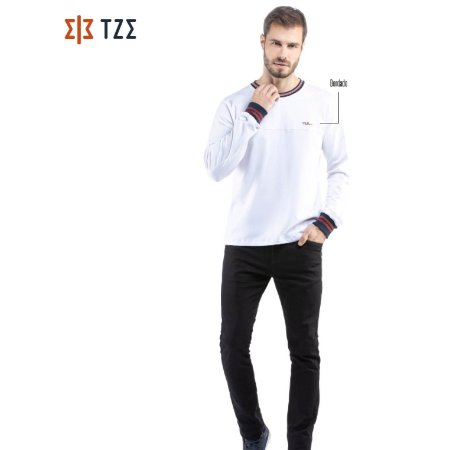 Camiseta Manga Longa com Retilínea TZE