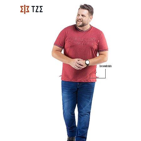 Camiseta com Estampa e Retilínea TZE Plus