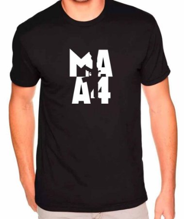 Camiseta Counter-Strike - CS:GO M4A4