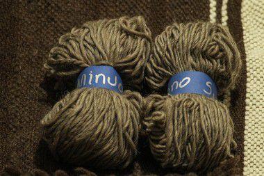 Fio de Lã de Ovelha Crua - Cinza
