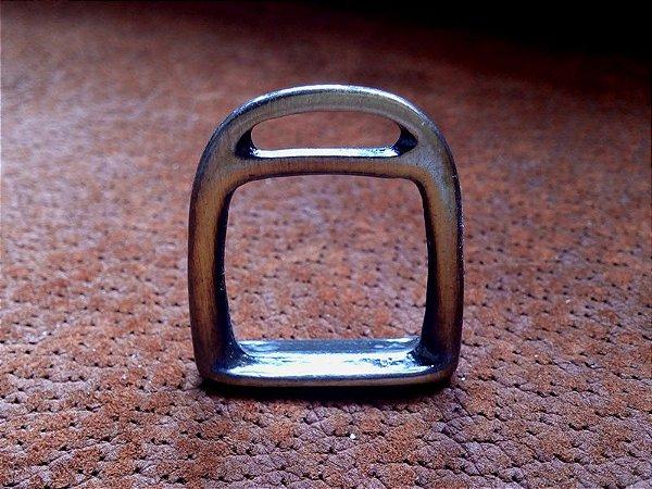 Aplique para Chaveiro - Estribinho Ouro Velho - 33 mm - ref.: 52