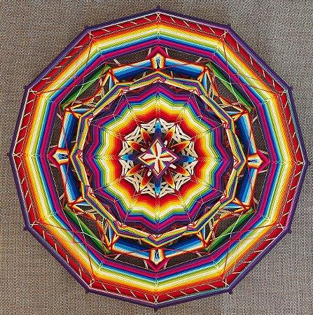 Mandala 1 metro em lã, fitas e sutaches
