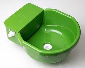 Bebedouro plastico cocho pets automatico verde 7L - Club Pet Alvorada - 40x32x17cm