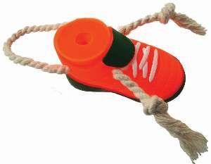 Brinquedo vinil chuteira baby com corda - Club Pet Nicotoys - 19x4cm