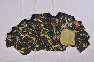 Camiseta poliester camuflada P - Club Pet Chickao - 35x50cm