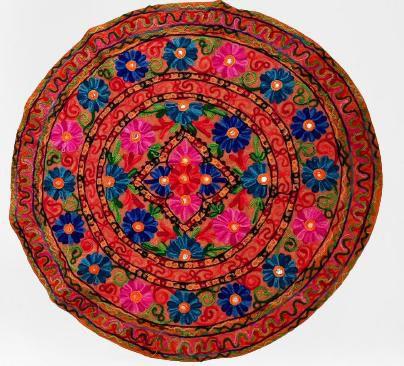 centro de mesa redondo bordado flores