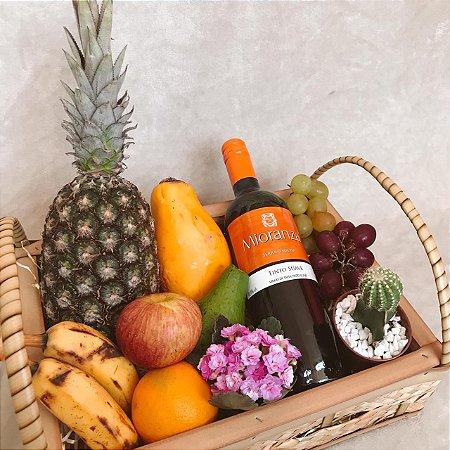 Cesta Café da Manhã Frutas Flores e Vinho cod C033