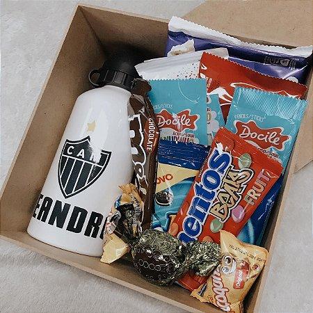 Squeeze Alumínio Personalizada com Doces e Chocolates em Caixa MDF  cod CA007