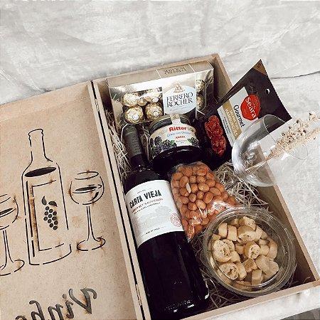 Caixa MDF com estampa Laser  Vinho Fino Seco Ferrero e Petiscos cod CA019