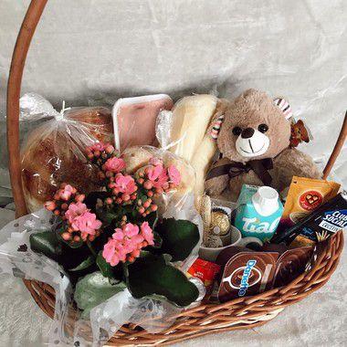 Cesta Café da Manhã Exuberante com Flor e Urso cod C016