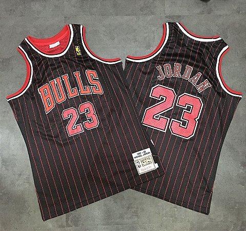 Camisa de Basquete Chicago Bulls 95/96 com listra hardwood classics M&N - 23 Michael Jordan