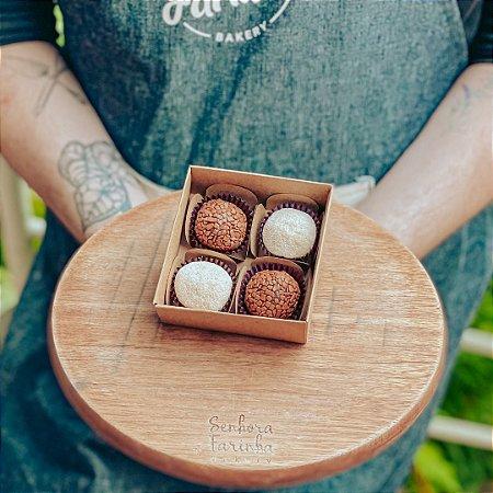 Caixa 4 Brigadeiros - Mista Ninho e Chocolate Belga