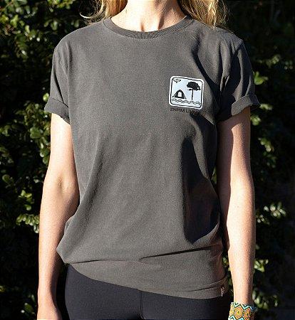 Camiseta Placa Enfim Livres - Grafite