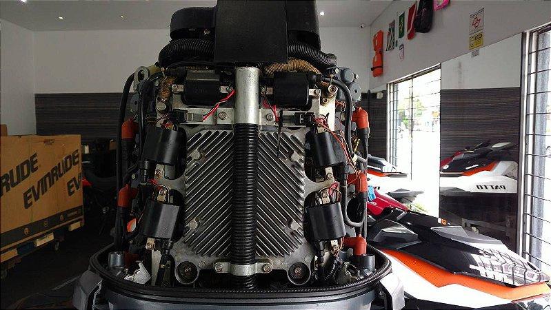 Motor de popa Yamaha 200hp HPDI ano 2003 seminovo