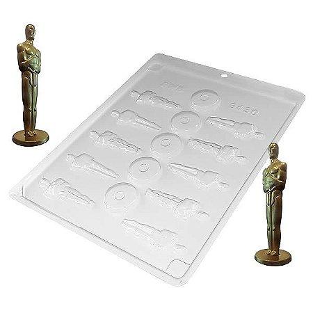 Forma para Chocolate Oscar Estatueta Pequena 10g Forma Simples Ref. 9430 BWB 5unids