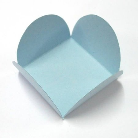 Forminha de Papel Azul Claro (3.5x3.5x2.5 cm) 100unid Caixeta