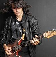 Kit de Técnica para Guitarra Rock - LEIA A DESCRIÇÃO ABAIXO COM ATENÇÃO - Finalize a compra por meio do link: https://edzz.la/G6HSW