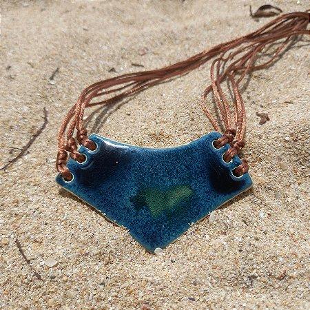 Colar de cerâmica verde mar