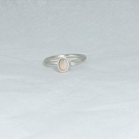 Anel solitário ponto oval - Opala