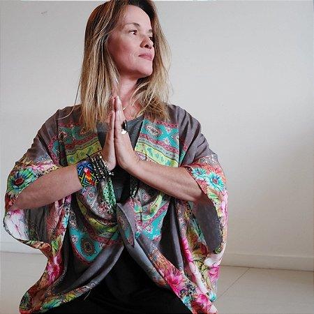 Kimono indiano cinza