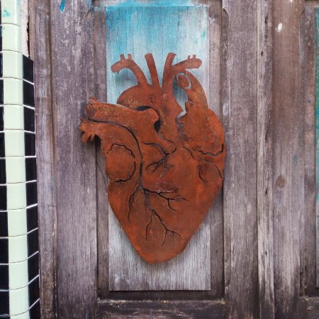 Coração de ferro recorte - parede - grande