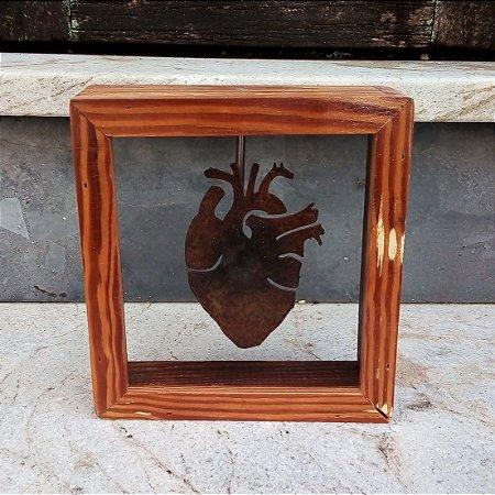 Quadro quadrado de coração