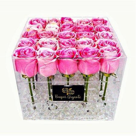 Exclusivo Box em Acrílico c/ 25 Rosas Importadas cor Rosa