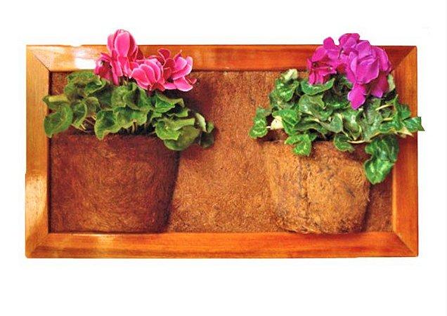 Vaso Artesanal de Parede Duplo - Madeira e Fibra de Coco - 83 x 45cm