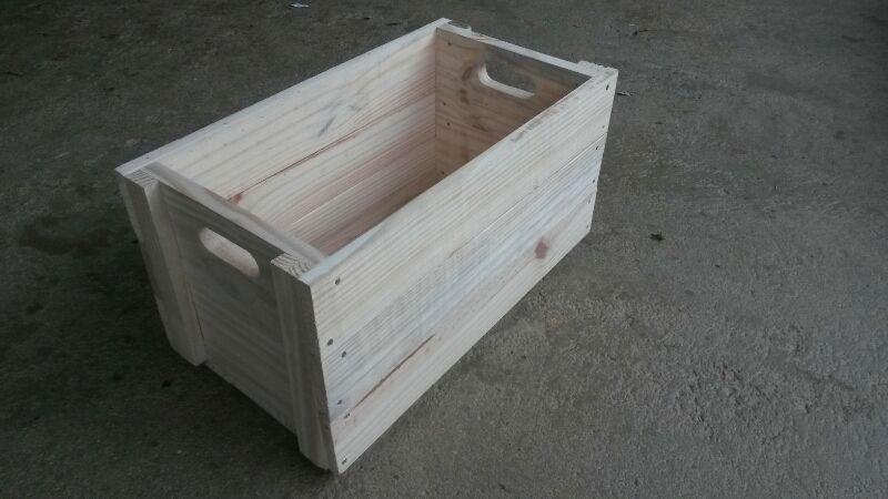 Caixa Quadrada Madeira Nova