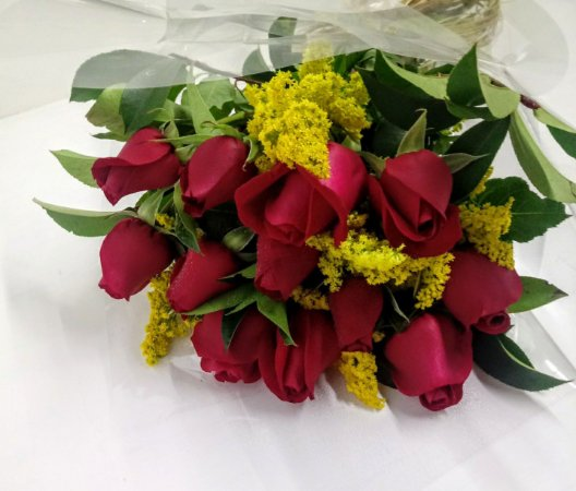 Buquê tradicional 12 rosas