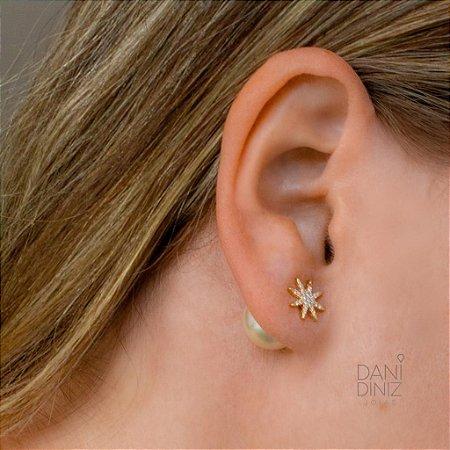 Brinco inspiração Dior estrela cravejada tarracha pérola