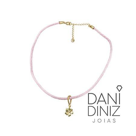 Chocker cordão seda rosa pingente flor