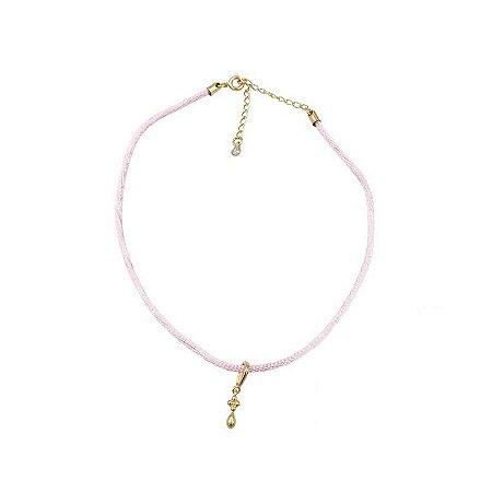 Choker cordão seda rosa pingente flor e gota