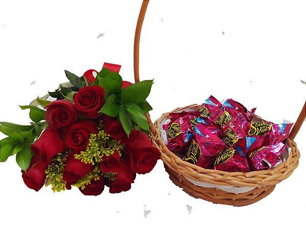 Buque de 12 rosas Vermelhas com Sonho de Valsa