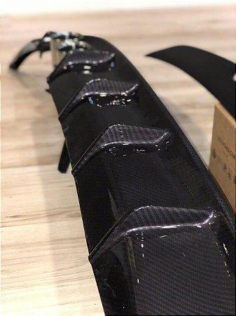 Difusor em Fibra Cor Carbono com saída GTS