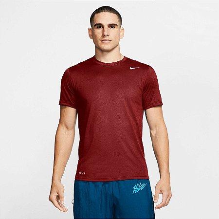 Camiseta Esportiva Cor Vinho Nike Legend 2.0 Masculino