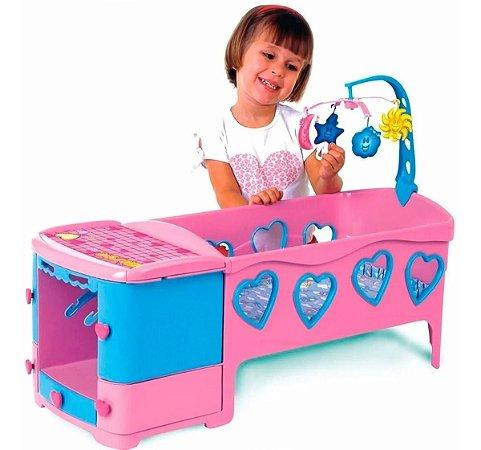 Berço De Boneca Doce Sonho Com Acessórios Magic Toys 8100