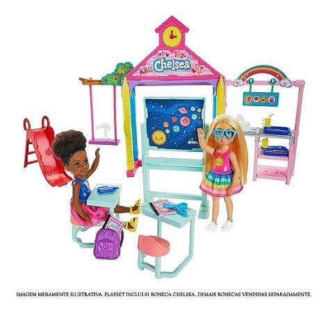 Playset E Boneca Barbie Club Chelsea Diversão Escola Ghv80