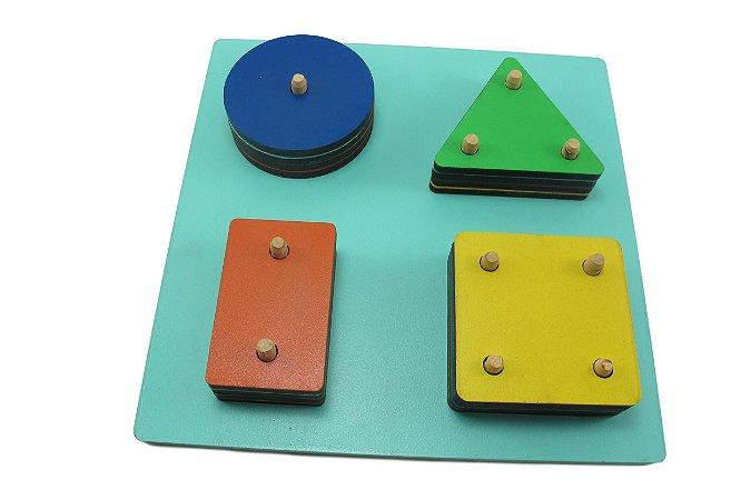 Jogo de Encaixe com Formas Geométricas (3 anos+)