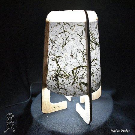 Luminária de mesa Naíma Lírio