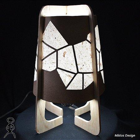 Luminária de mesa Naíma Geo