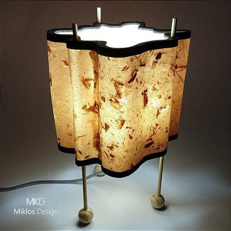 Luminária de mesa Vita