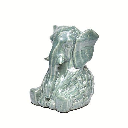 Elefante em ceramica verde
