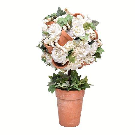 Arranjo flores brancas e vasinhos barro