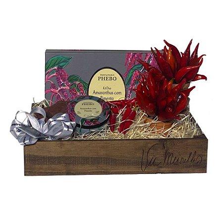 Kit Pimenta Vic Meirelles Phebo: Sabonete + Difusor + Vela em Caixa de madeira Personalizada